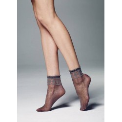Veneziana Monica Sheer Ankle Socks