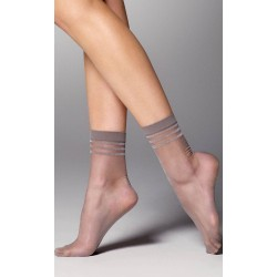 Veneziana Thea Sheer Ankle Socks